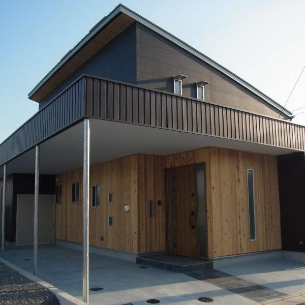 プライバシー確保と開放感を両立する住宅